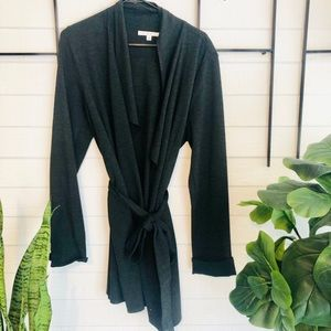Cabi comfy oversized large sweater - so comfy!